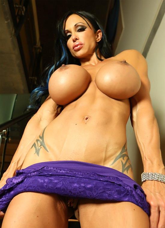 Fitness huge tits